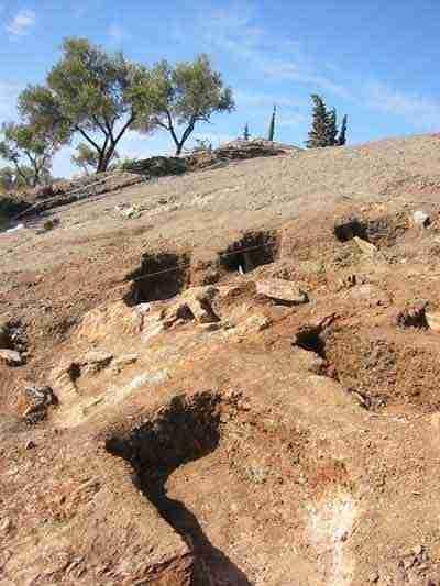 Maro Moor's Graves