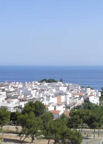maro-village-and-sea